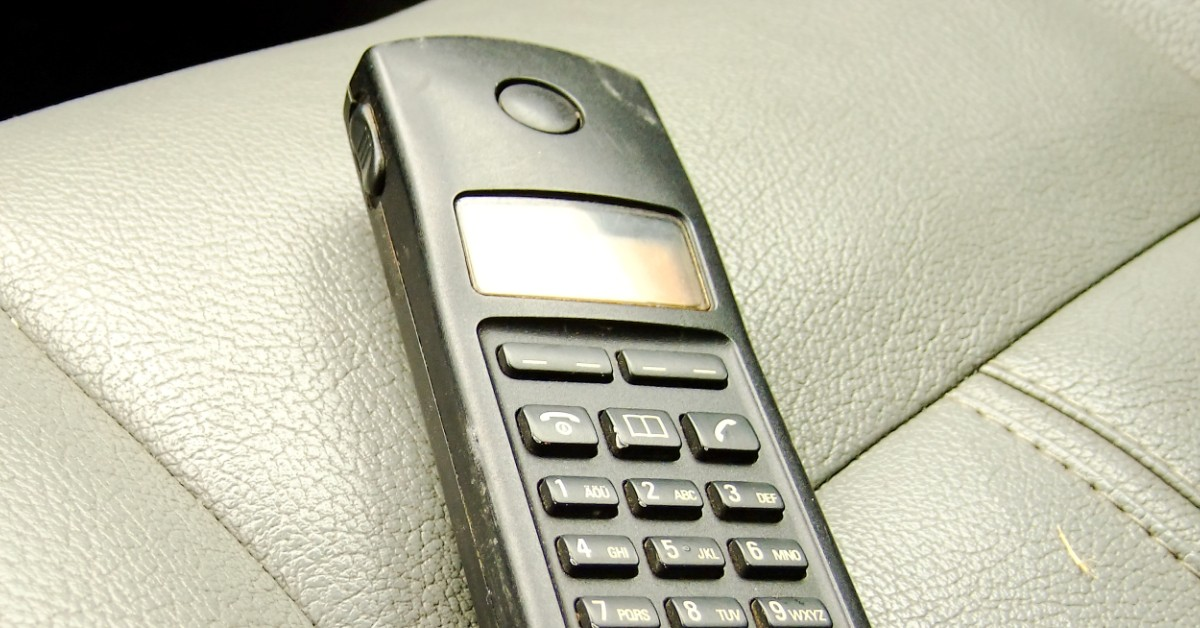 5 Reasons to Rent a Satellite Phone